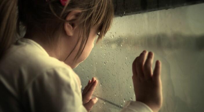 Nesten hver tredje forelder ble oftere sint på barna sine under nedstengningen
