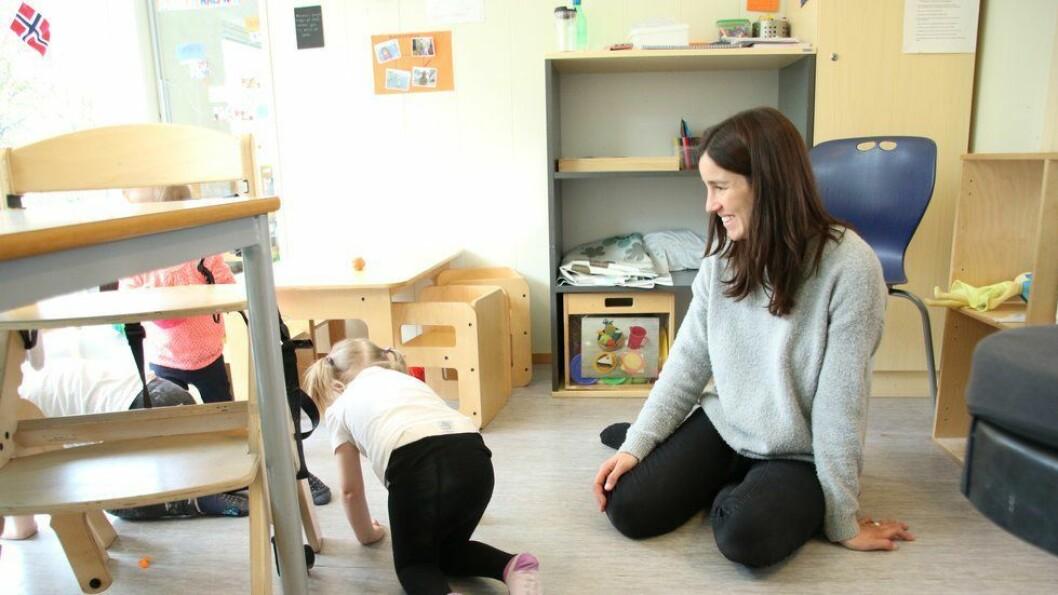 Sílvia Turmo driver skolen Petita Escola i Barcelona sammen med sin søster. De ble overrasket over hvor stor forskjell det er på utforming av barnehagene i Norge og Spania.
