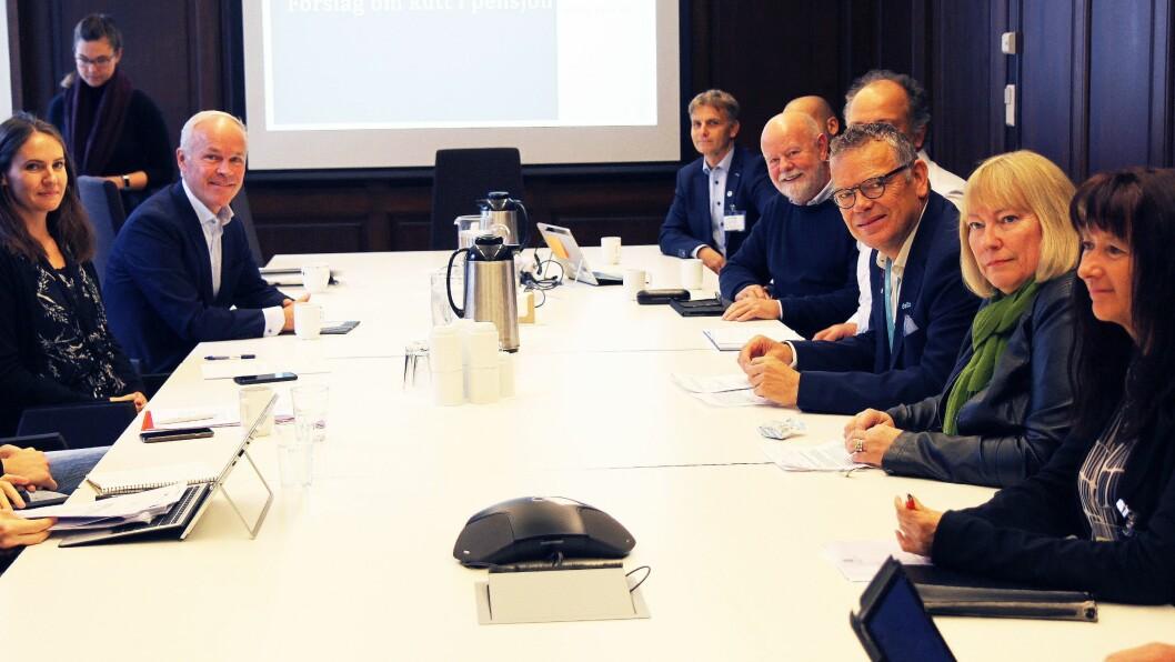 Fagforbundet, Utdanningsforbundet, Delta og PBL møtte statsråd Jan Tore Sanner onsdag morgen.
