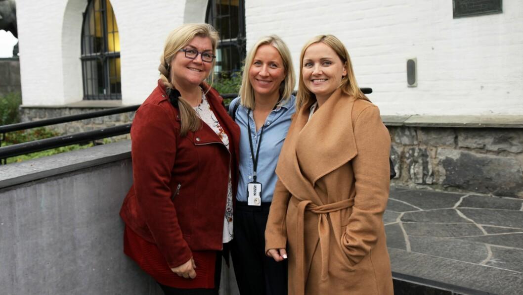 Snart skal alle ansatte i Bærum kommune som jobber med barn og unge få opplæring i hvordan man kan snakke med barn og i å forebygge og oppdage vold og overgrep. Fra venstre: Vibeke Bækkedal, avdelingsleder i Ås barnehage, Mari Oppedal, SLT-koordinator i Bærum kommune, og Karin Svendsen, styrer i Ås barnehage.