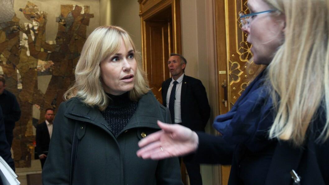 Anne Lindboe og Private barnehagers landsforbund frykter konsekvensene av at regjeringen vil kutte i støtte til bemanningsnormen.