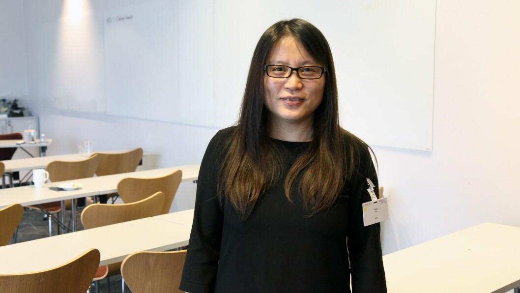 Aihua Hu er førsteamanuensis ved Høgskulen på Vestlandet og tilknyttet forskningssenteret BARNkunne. Nå skal hun forske på sang i norske og kinesiske barnehager.