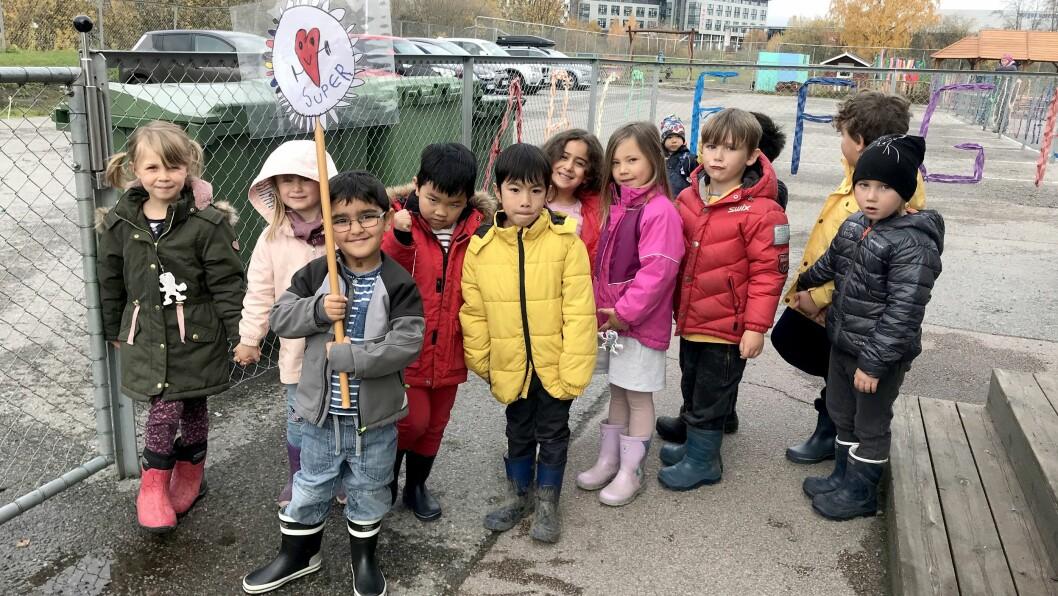 Barna i Torva barnehage i Rælingen har dannet sitt eget politiske parti. De vil blant annet jobbe for miljøet, flere voksne i barnehagen - og for å få tilbake lekeplassen i nærmiljøet.