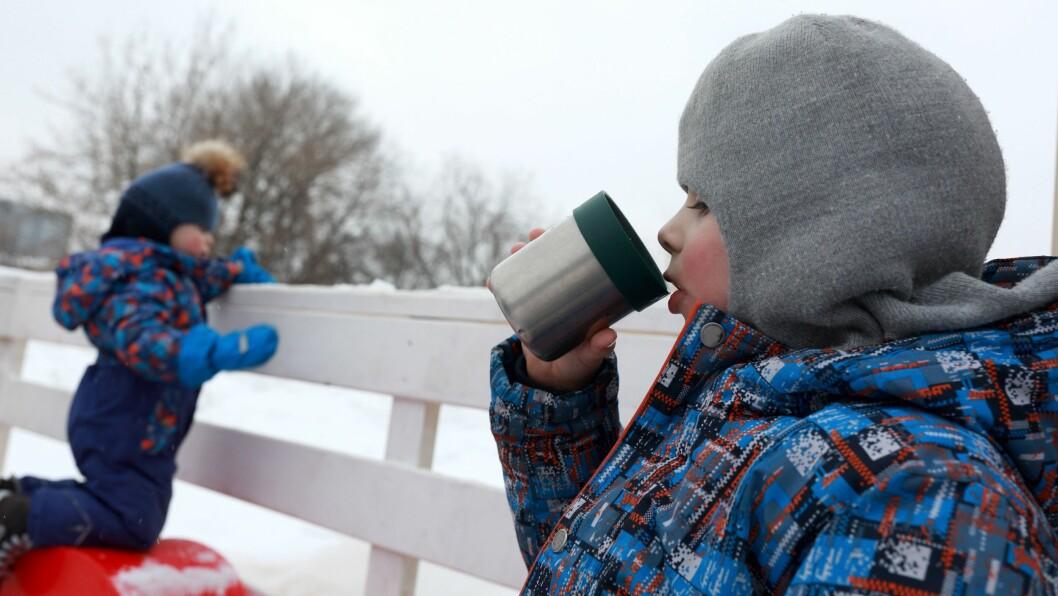 Skal barna i Lunheim barnehage i Tromsø drikke kakao på tur, må den være under 45 grader.