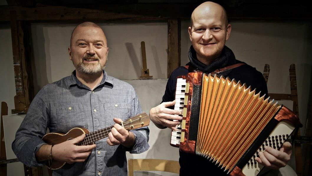 Ola Gresseth og Torkell Sørensen driver familiebarnehage sammen - og har gitt ut både bok og ny musikk for de aller minste.