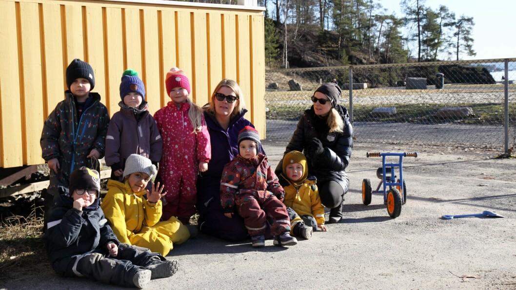 Sollerudstranda barnehage ligger like ved strandkanten, nå må de flytte.