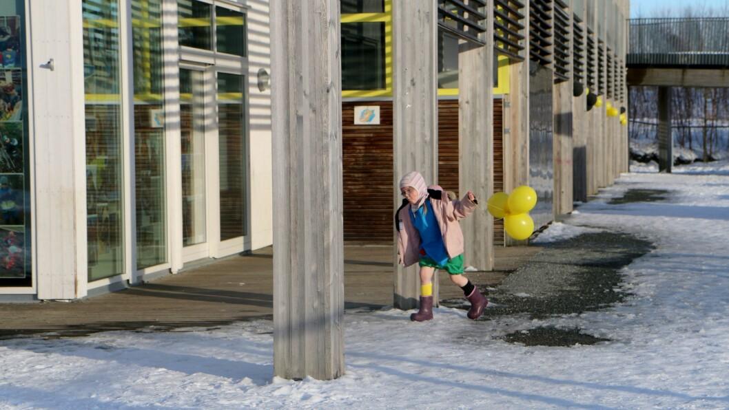 Anna har gått i Gnist Trøa siden hun var gammel nok til å begynne i barnehagen. – Jeg jobber 80 prosent, og har fri en dag i uka. Det hender jeg foreslår at hun heller skal være hjemme sammen med meg. Men da blir hun sint, det er ikke aktuelt, sier mamma.