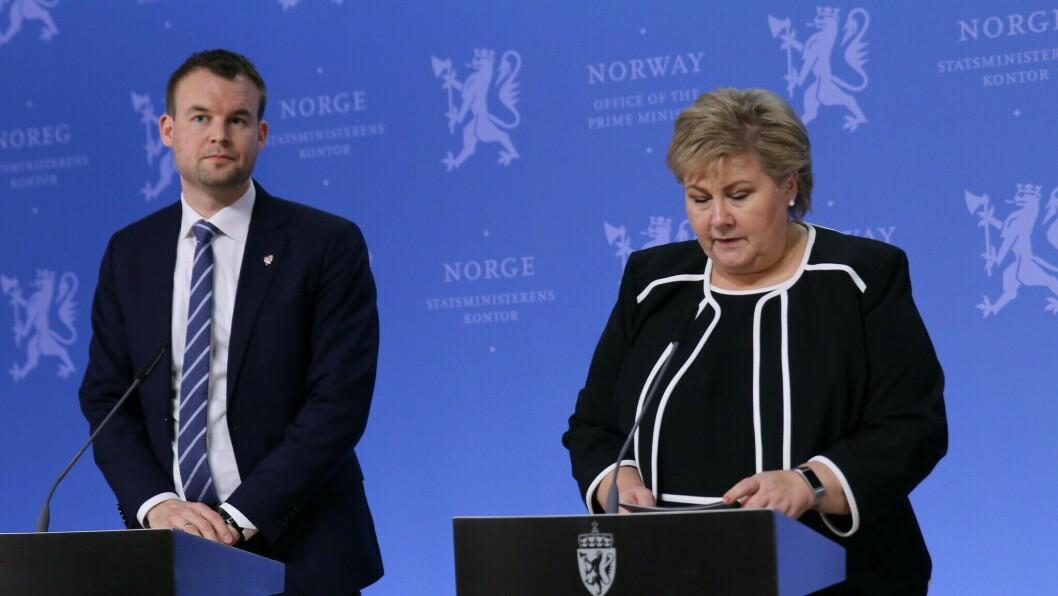 Kjell Ingolf Ropstad og Erna Solberg under dagens pressekonferanse.