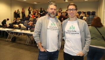 Ole Morten Mouridsen (til venstre) og Harald Dean er begge pedagoger og foredragsholdere i Stine Sofie Stiftelse. Bildet er tatt i forbindelse med første Barnas verneombud-samlingen i Bodø.