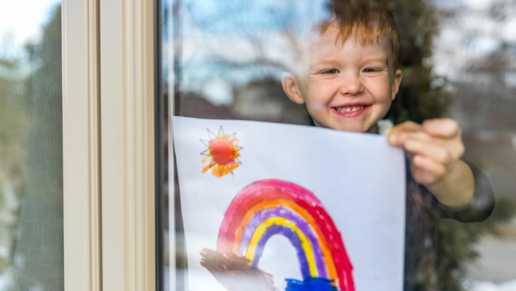 Mandag i neste uke starter gjenåpningen av norske barnehager. I morgen skal smitteveilederen fra myndighetene være klar.