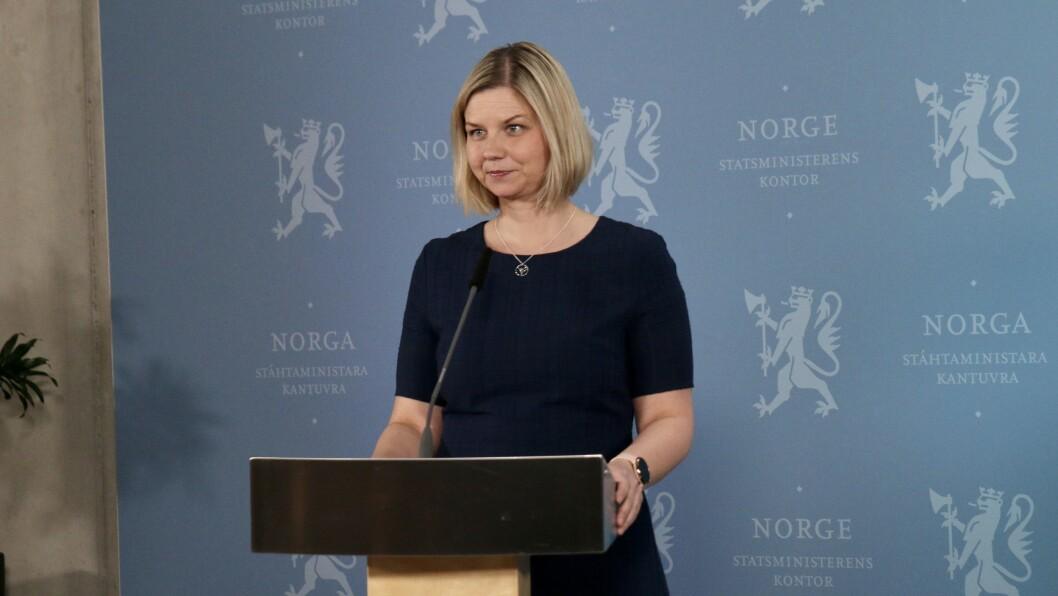 Kunnskaps- og integreringsminister minister Guri Melby (V) under pressekonferansen for barn, som ble holdt tidligere i dag,