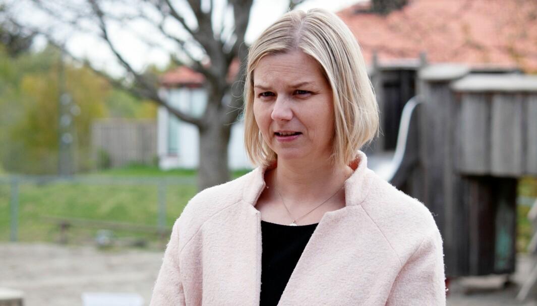 Kunnskaps- og integreringsminister Guri Melby måtte svare på vaksinestrategien.