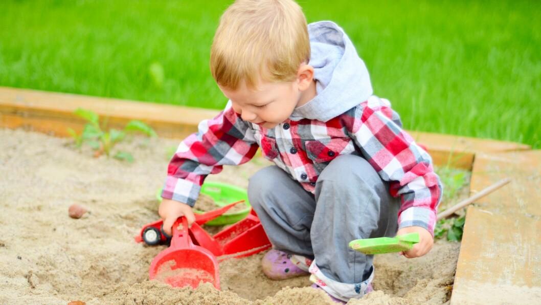 «Om du har aldri så dyktige og kompetente ledere, barnehagelærere, fagarbeidere og medarbeidere på plass, vil du streve om du ikke har bemanning tilpasset barnegrupper og åpningstid,» skriver artikkelforfatteren.