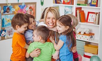 Barnehageansatte trives svært godt på jobb - og blir lenge i samme barnehage