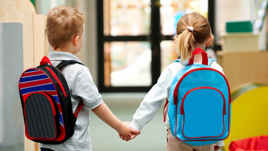 Mens bare litt over 20 prosent av guttene kan skrive ord i femårsalderen, kan over halvparten av jentene det samme.