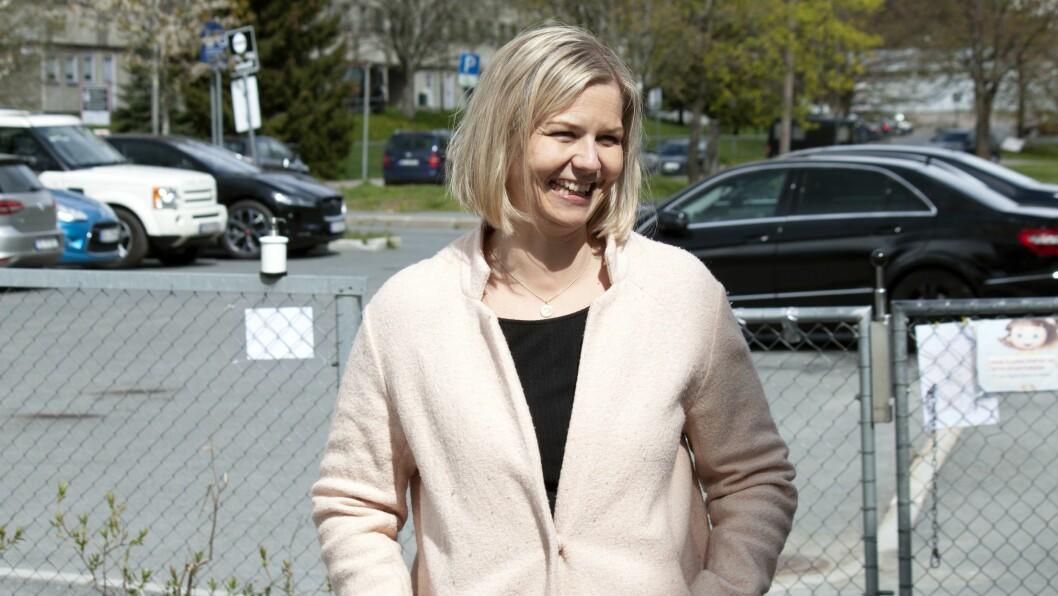 Kunnskaps- og integreringsminister Guri Melby (V) sier at hun er imponert over innsatsen i barnehagesektoren, og over hvordan de fleste har satt alt inn på å gi barna og foreldrene et godt tilbud i denne ekstraordinære situasjonen.