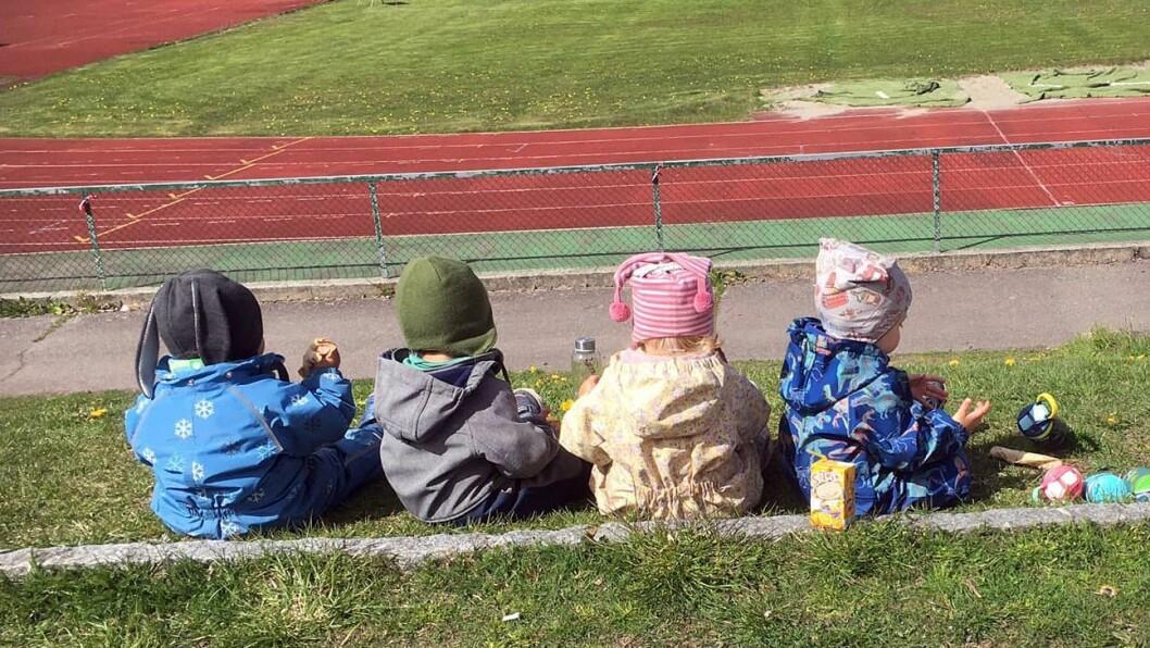 Trimveien barnehage i Horten ligger i Idrettshuset på Borre, med friidrettsbanen like utenfor - og skogen like ved. Nå frykter eier og daglig leder May Krüger at det går mot nedleggelse.
