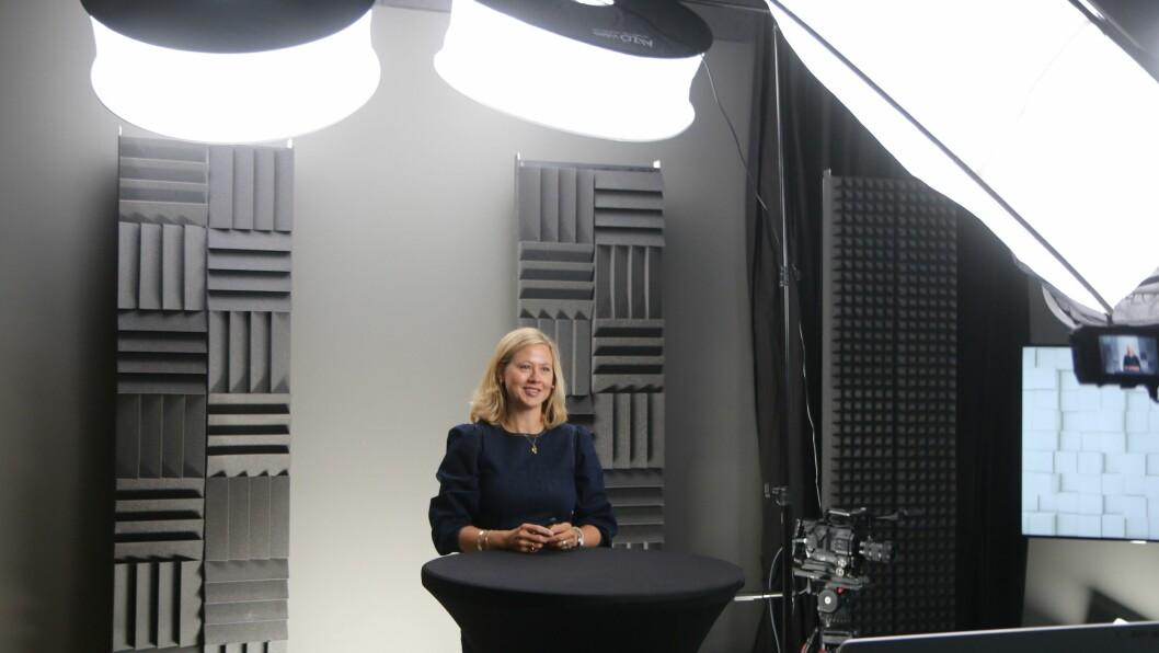Margrethe Greve-Isdahl fra Folkehelseinstituttet er en av arkitektene bak smittevernveilederen for barnehager. Hun varsler nye oppdateringer i løpet av september.