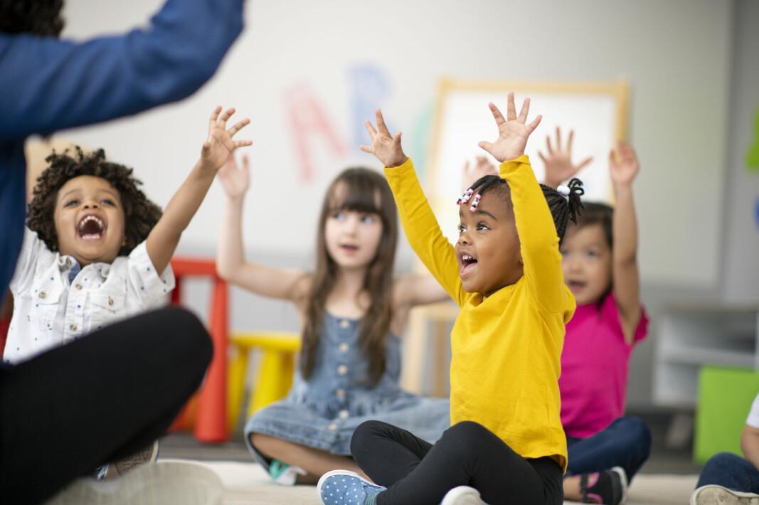 Hvordan kan barnehagelærere imøtekomme det enkelte barns behov, samt ivareta hele barnegruppen med bevisst arbeid med flerspråklige familier og barn? Det er det noen gode eksempler på i denne artikkelen.