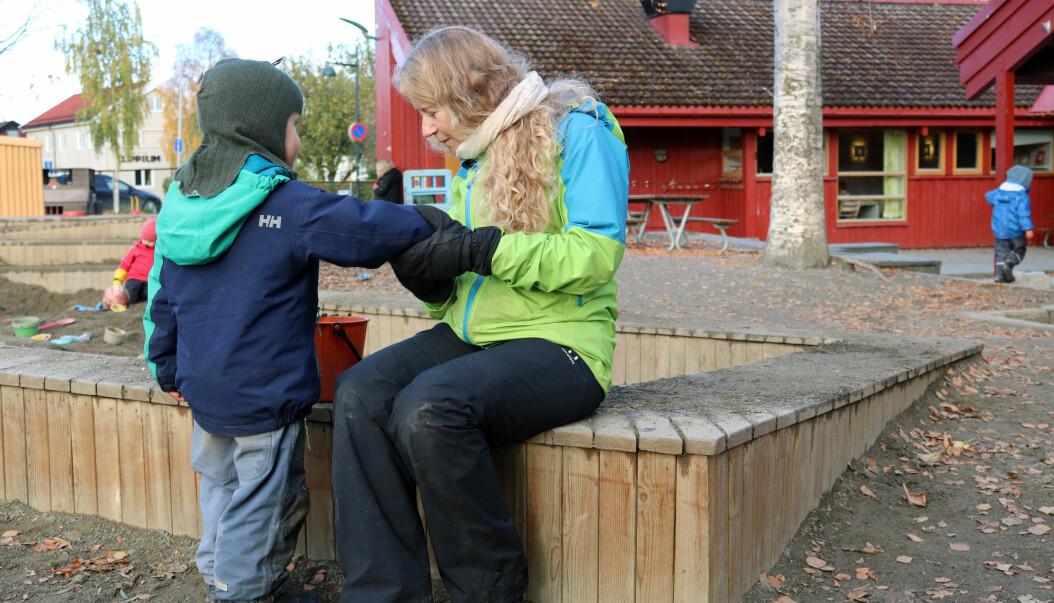 - Når man er sammen med barna går man inn i deres fantasiverden. Det er en helt annen måte å være aktiv på, sier Else Berit Skagen.
