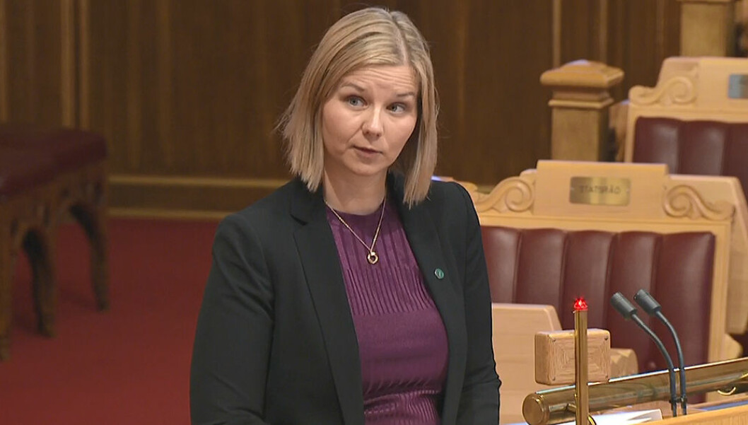 Kunnskaps- og integreringsminister Guri Melby måtte svare på spørsmål om pensjonskutt i onsdagens spørretime på Stortinget.