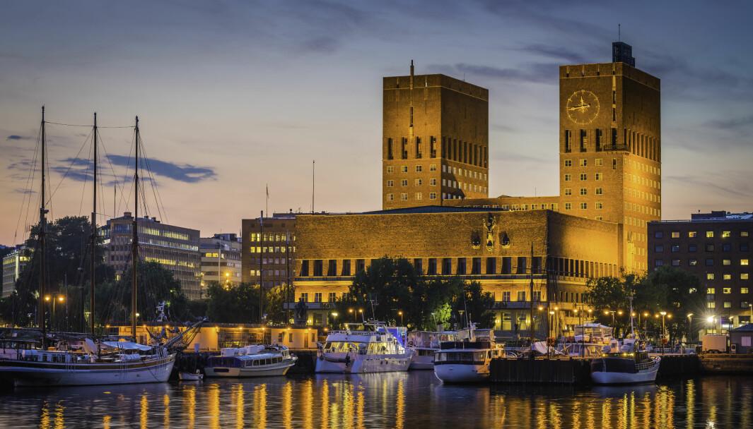 Oslo kommune har varslet søksmål mot staten, hvis ikke Fylkesmannen i Oslo og Vikens vedtak om tilskuddsberegning blir endret.