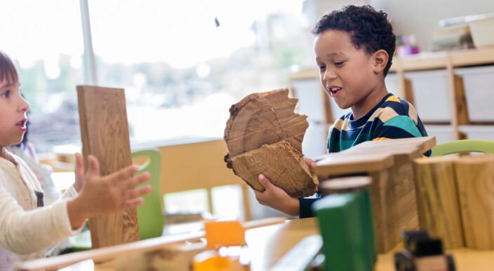 Å bygge bro mellom barnehage, skole og SFO - med leken som forbindelseslinje