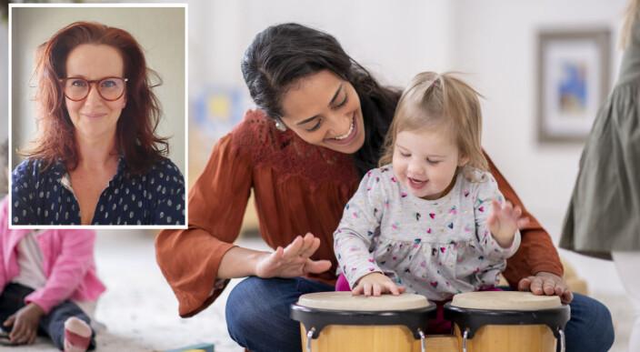 Hvordan virker sang inn på samspill i barnehagen? Det har Ingrid forsket på