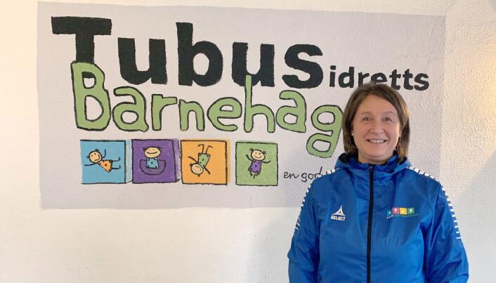 """<span class="""" italic"""" data-lab-italic_desktop=""""italic"""">Styrer Merete Hansen i Tubus idrettsbarnehage var selv med på å lage kriteriene for helsefremmende barnehager i Viken. Nå er barnehagen godkjent for andre gang. </span>"""