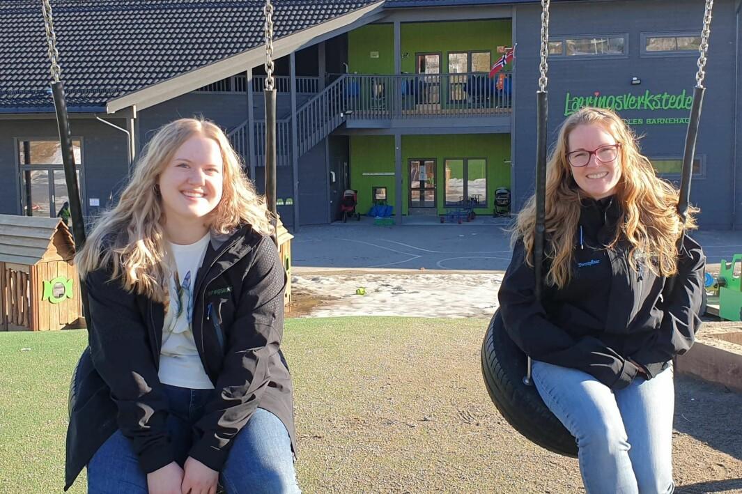 Madeleine Aarhus (til venstre) er lærling i Læringsverkstedet Øvre Neskollen barnehage. Styrer Merete Johnsen skulle ønske flere ville tatt inn lærlinger.