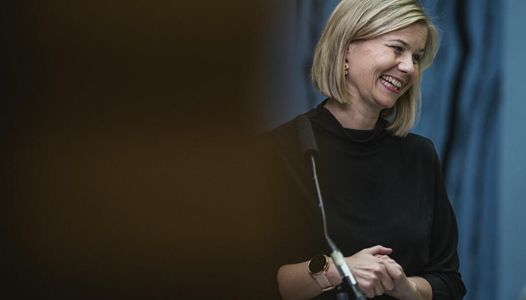 Kunnskapsminister Guri Melby opplyser om at oppdatert smittevernveiledere vil være klare i løpet av neste uke.