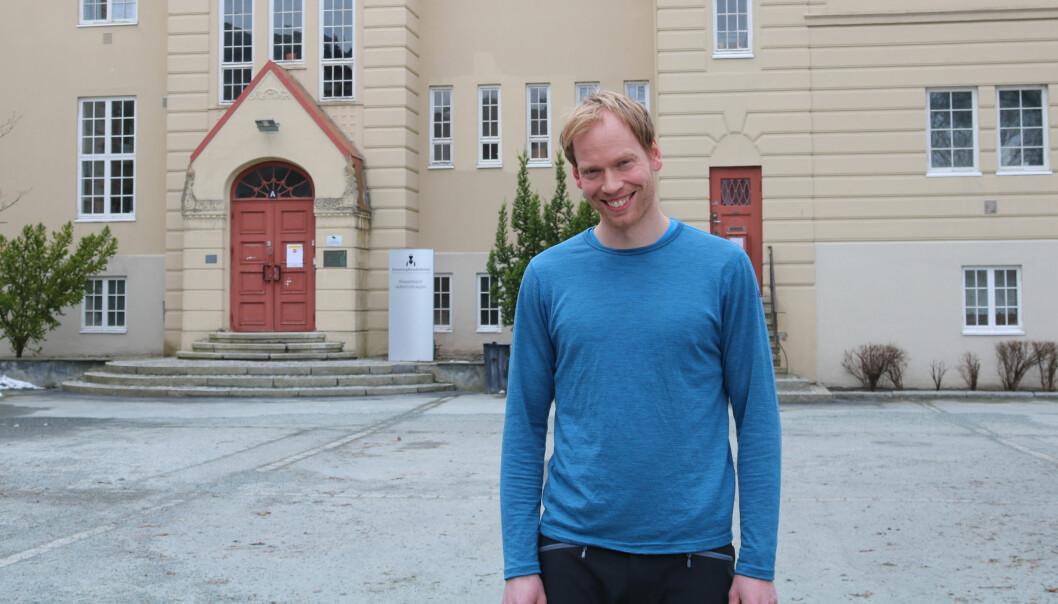 Ole Johan Sando forsvarte nylig sin doktoravhandling om lekemiljøet i barnehagen.