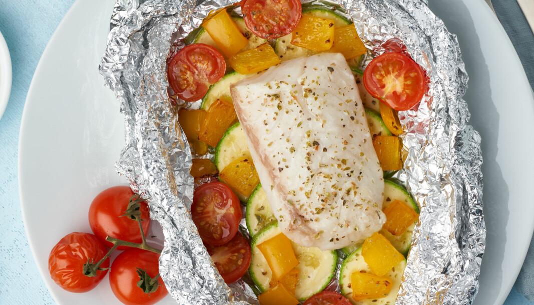 Fiskeri- og sjømatministeren ønsker å få barn og unge til å spise mer sjømat.