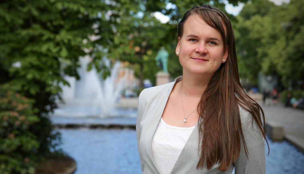 Marit Knutsdatter Strand (Sp) mener statsråden må komme med tydeligere krav til hvordan språkpengene skal brukes.