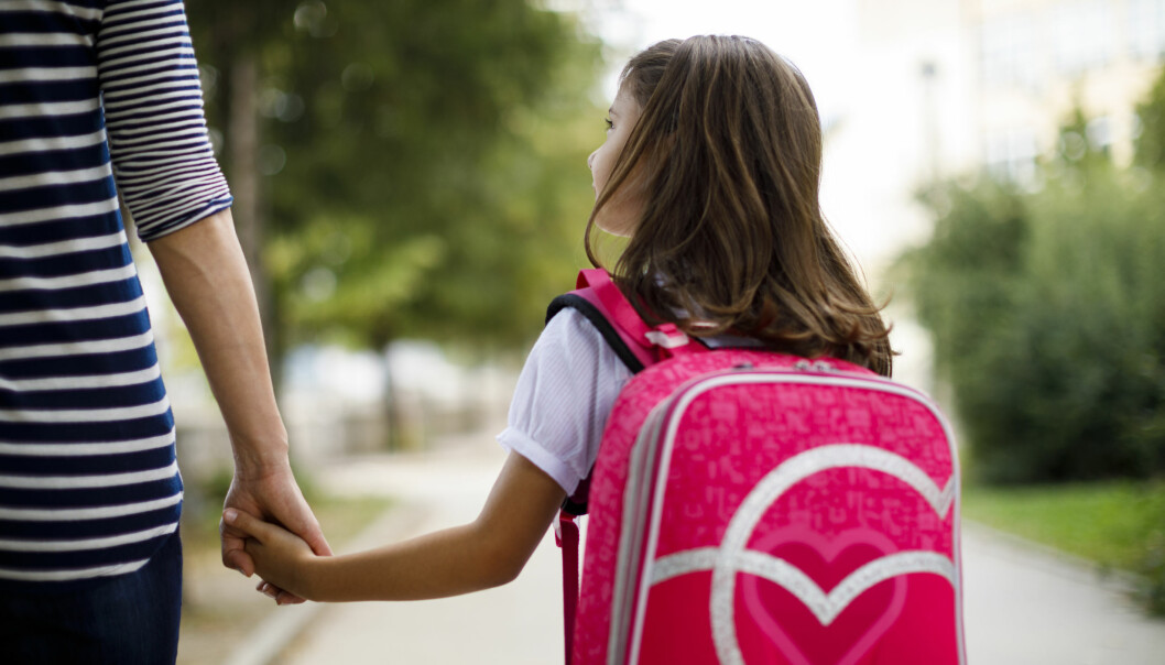 «Å plutselig skulle slutte i barnehagen er kanskje en undervurdert sorg» skriver artikkelforfatteren.