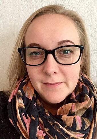 """<span class="""" italic"""" data-lab-italic_desktop=""""italic"""">Line Bye har jobbet i sektoren siden 2003, og har vært gjennom noen høster med tilvenning. I dag er hun styrer i Espira Gartnerløkka barnehage i Oslo.</span>"""