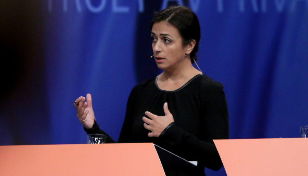 Hadia Tajik og Arbeiderpartiet vil senke maksprisen med 2805 kroner i året.