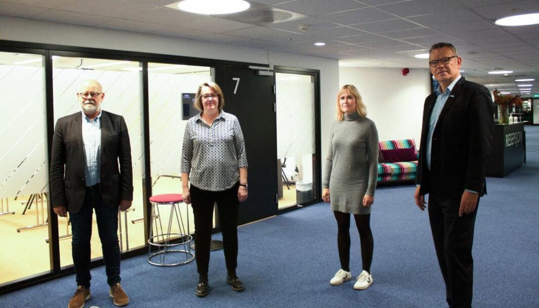 Fra venstre: Terje Skyvulstad (Utdanningsforbundet), Anne Green Nilsen (Fagforbundet), Anne Lindboe (PBL) og Trond Ellefsen (Delta). Bildet er tatt i forbindelse med fjorårets tariffoppgjør.