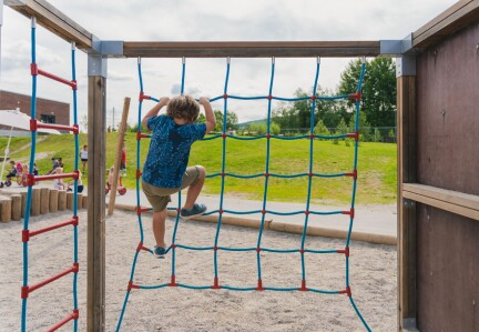 Hvorfor skal barn som mobbes i barnehagen ha et dårligere rettsvern enn barn som mobbes i skolen?